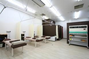 よつば鍼灸整骨院内装施工