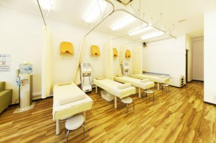 いっきゅう鍼灸整骨院内装施工前と施工後